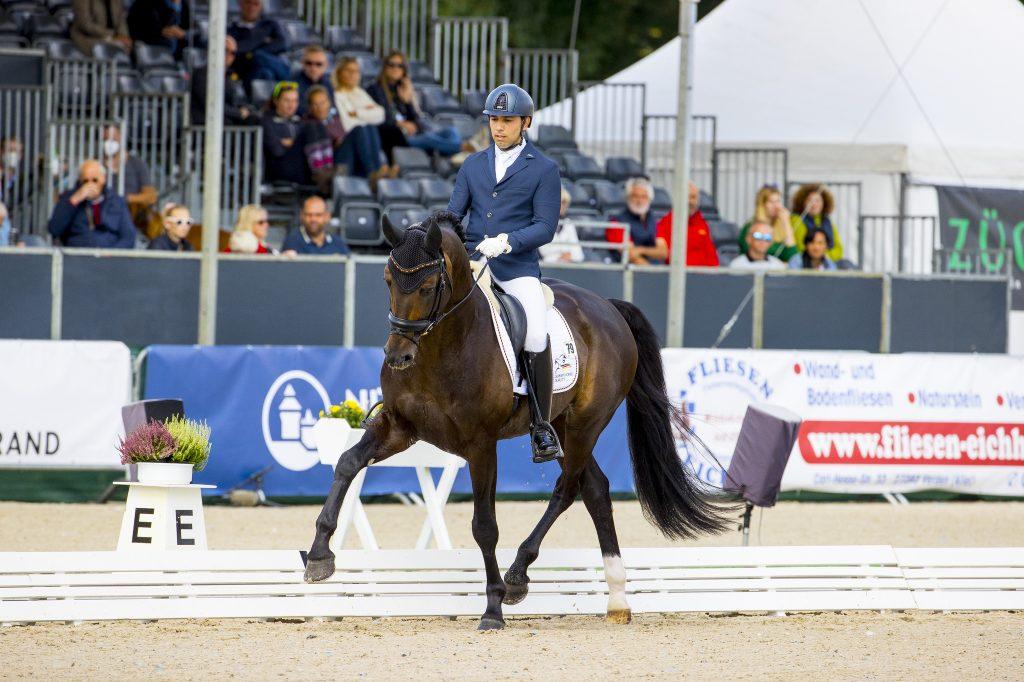 Six-year-old KWPN-stallion Kjento in the lead WC Verden - DigiShots
